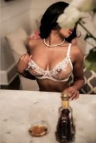 Busty escort in South Africa (Waterkloof): Natasha works 24 round the clock